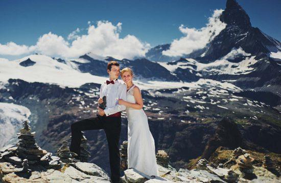sesja plenrowa w Alpach wysoko w górach